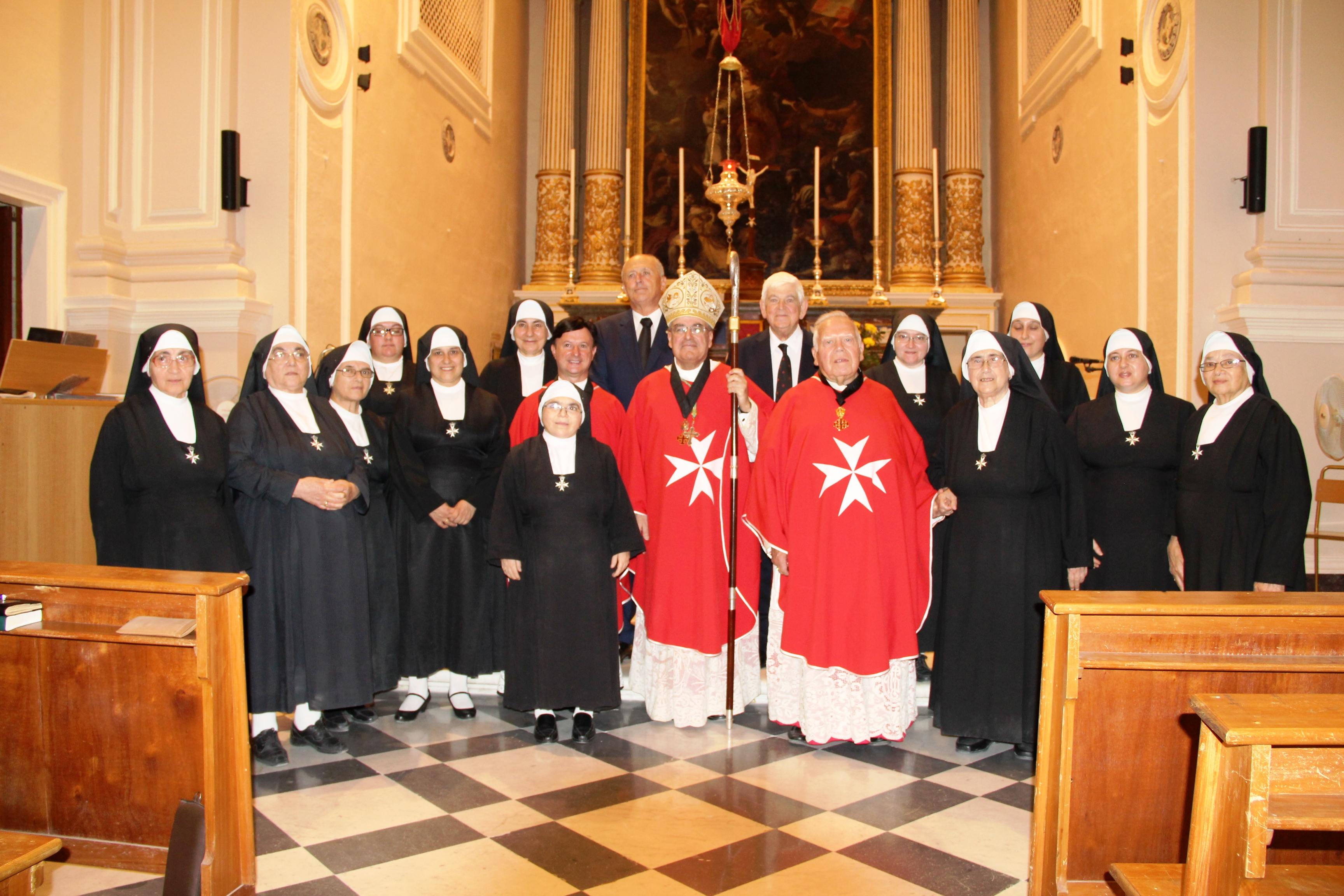 Nuns of the cloistered monastery of St Ursola with the Archbishop Emeritus and the Lieutenants